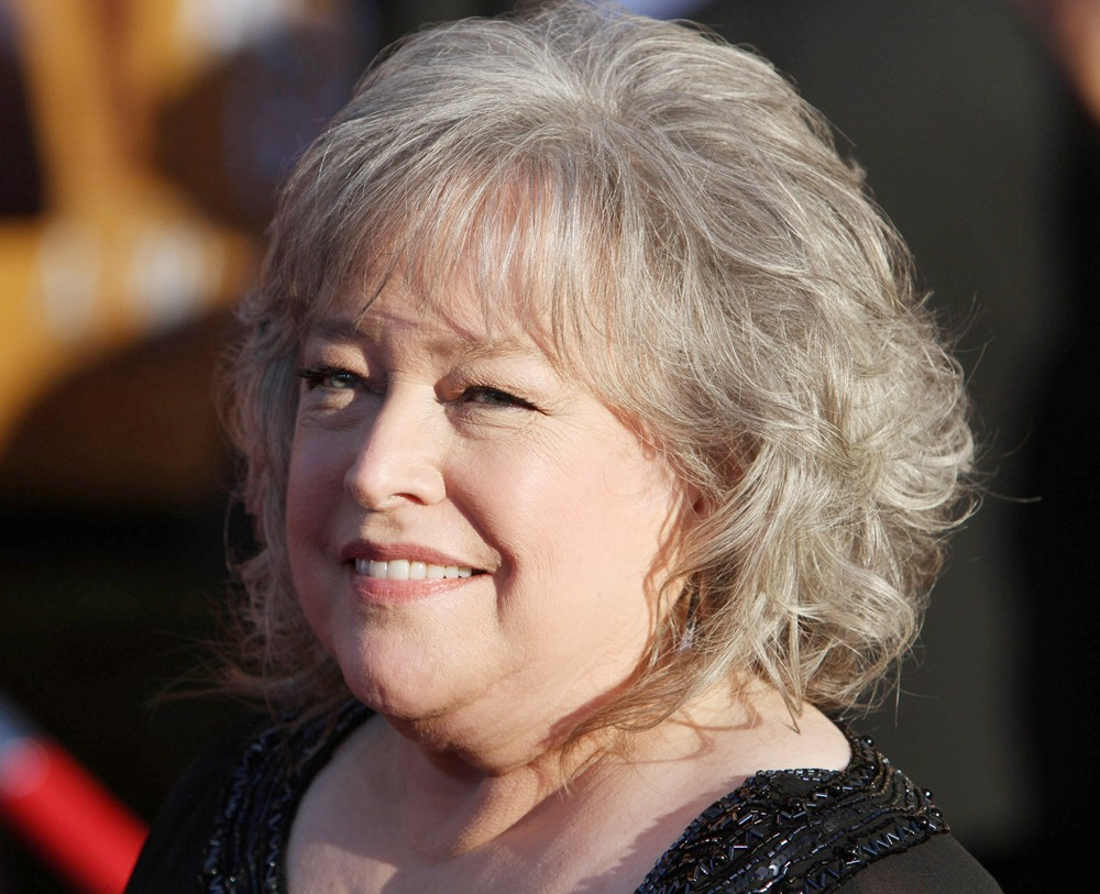 Kathy Bates Runs a Dispensary in Netflix's Newest Comedy